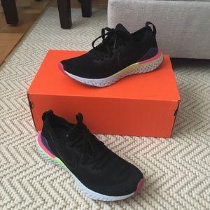 Nike Epic React Flyknit 2 Running Sneaker 7 W 6 Y